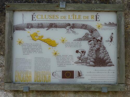 Saint-Clément des baleines panneau écluse