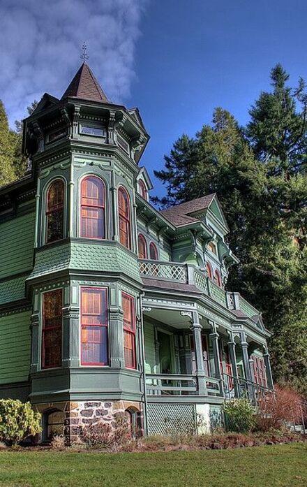 Tube maisons colorées