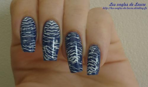 Stamping bleu et blanc