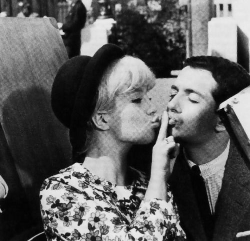 Sylvie Vartan, in Patate 1964: