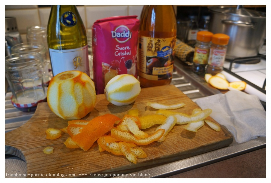 Gelée de pommes au vin blanc
