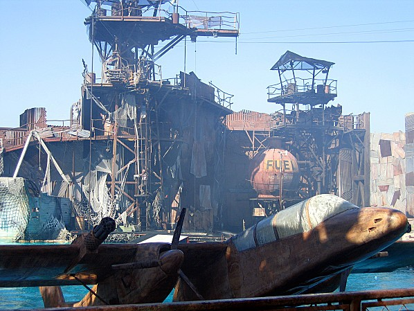Los Angeles Studio Universal attraction Waterworld 5
