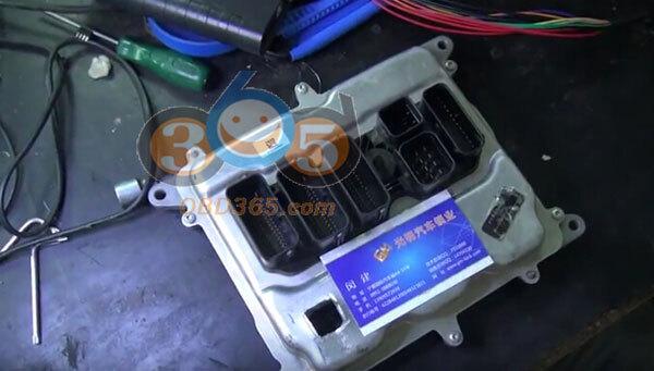 Xhorse VVDI Pro Programmer read BMW 5 series N20 ECU - obd365
