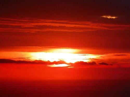 Quand le soleil se couche sur la mer, les couleurs ....
