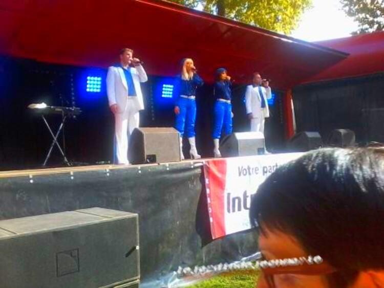 Castets en Dorthe (Gironde) le Dimanche 14 Septembre 2014 à 15h00. Johnny Rock en 1ère partie, les Soeurs Daunou, et Super Trouper for ABBA en Concert
