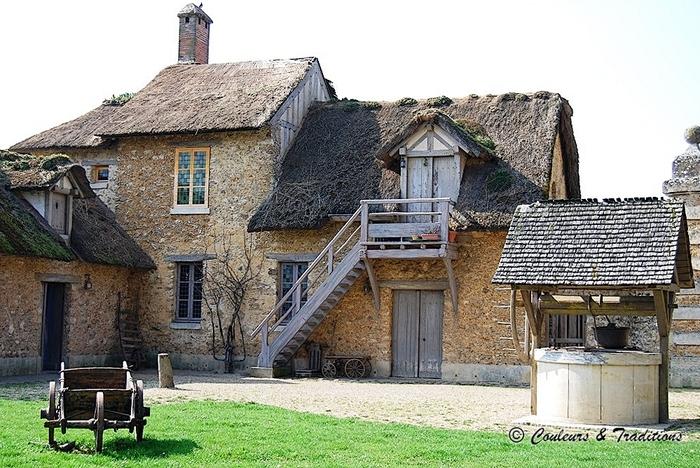 La tour Marlborough, le moulin et le corps de ferme