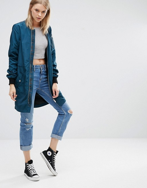 http://images.asos-media.com/products/noisy-may-tall-bomber-long-a-manches-longues/6754423-4?$XXL$&wid=513&fit=constrain