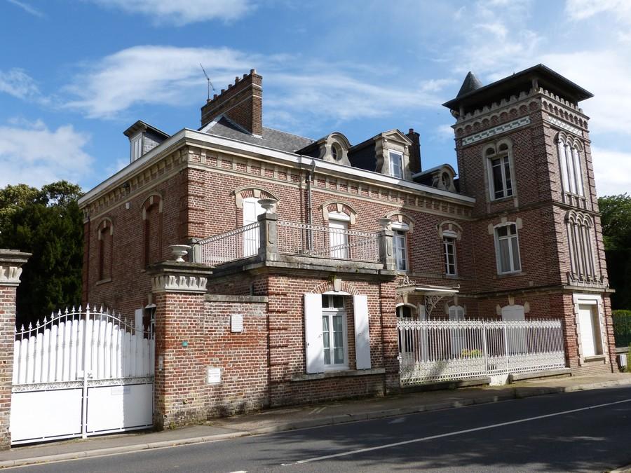 Au sud d'Amiens, Sains en Amiénois.