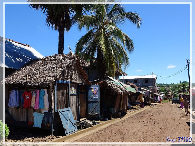 Dans les rues de Hellville - Nosy Be - Madagascar