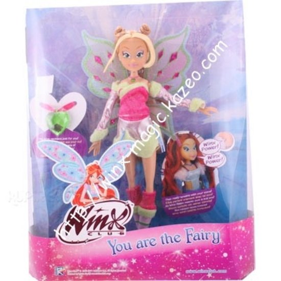 flora lovix you are the winx dans sa boîte