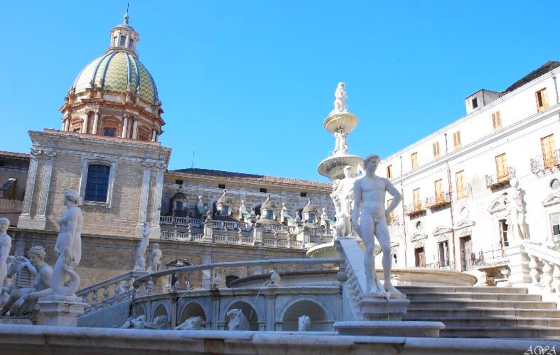 Sicile : Palerme la ville et la fontaine de la Honte