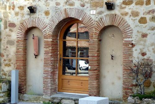 Saint Félix de Lauragais: portes et fenêtres