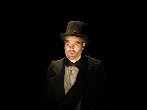 """""""Misérables"""" , une comédie musicale d'après le chef d'œuvre de Victor Hugo a enchanté les spectateurs au TGB...."""
