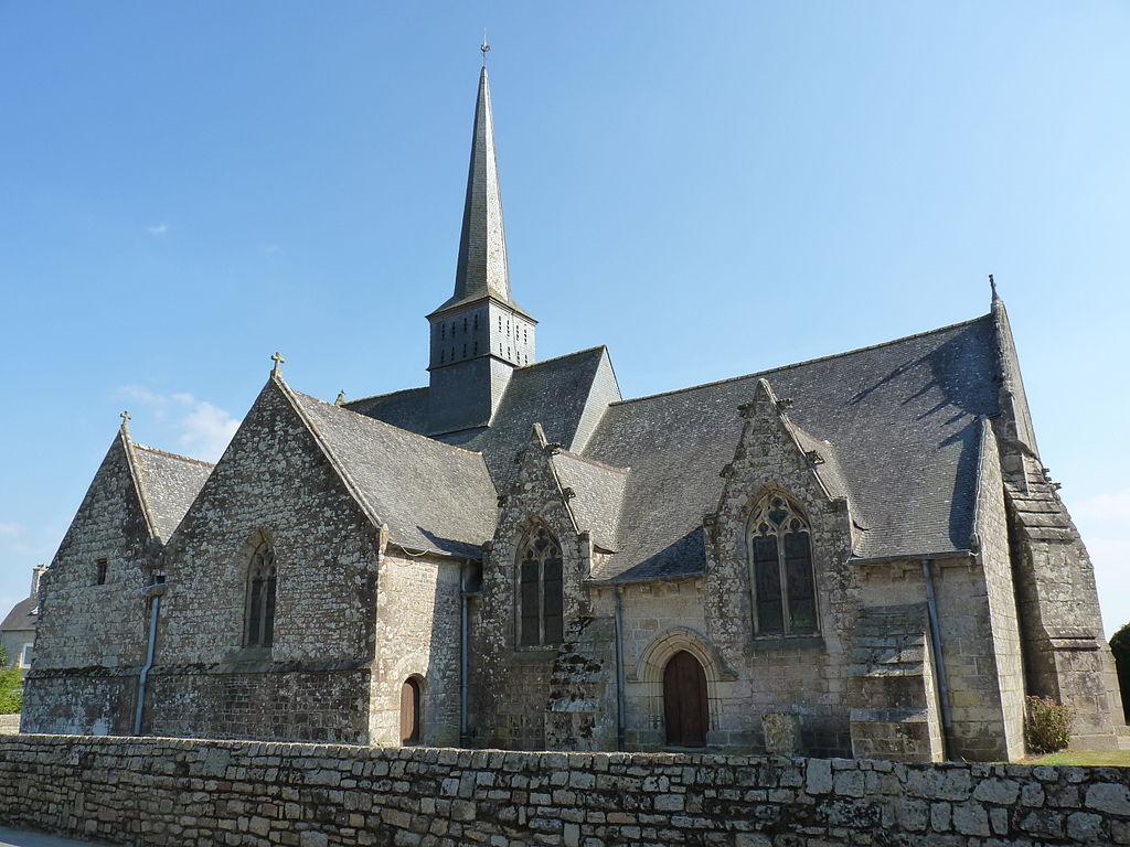 Église Saint-Pierre de Trémeur 01.JPG