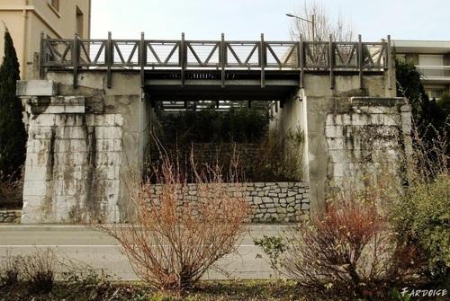Les ponts disparus