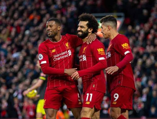 Liverpool renverse Wolverhampton (2-1) et établit un nouveau record
