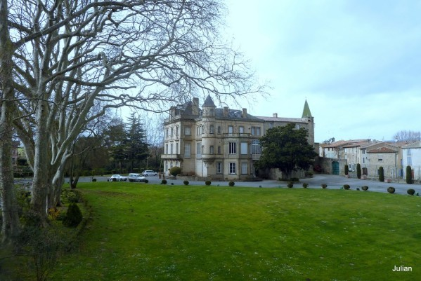 z12---Chateau.JPG