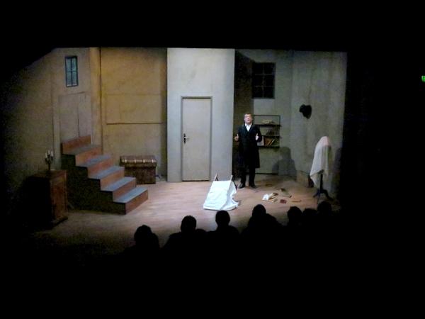 """""""""""L'enfant"""" de Jules Vallès  présenté salle Kiki de Montparnasse par la Compagnie des Gens"""
