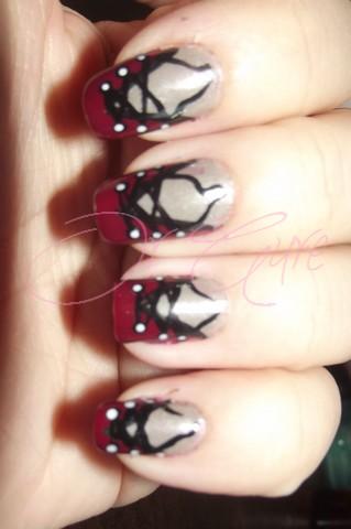 •°•.J'ai corseter mes ongles.•°•