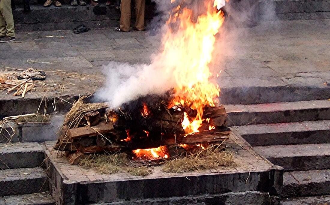 4- Népal/    Crémation à Katmandou