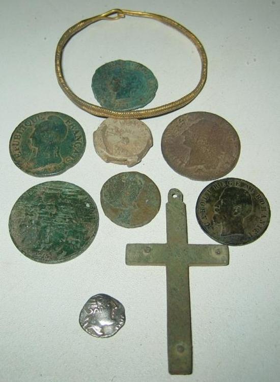 Détection du 14 12 2014 monnaies plomb de sac bracelet