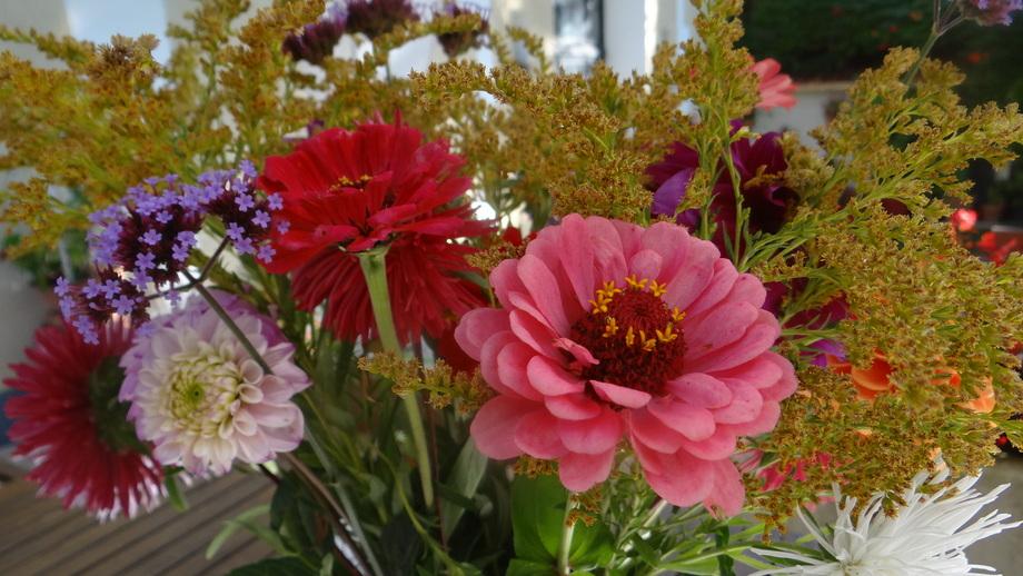 Un Petit Bouquet de Fin de Semaine