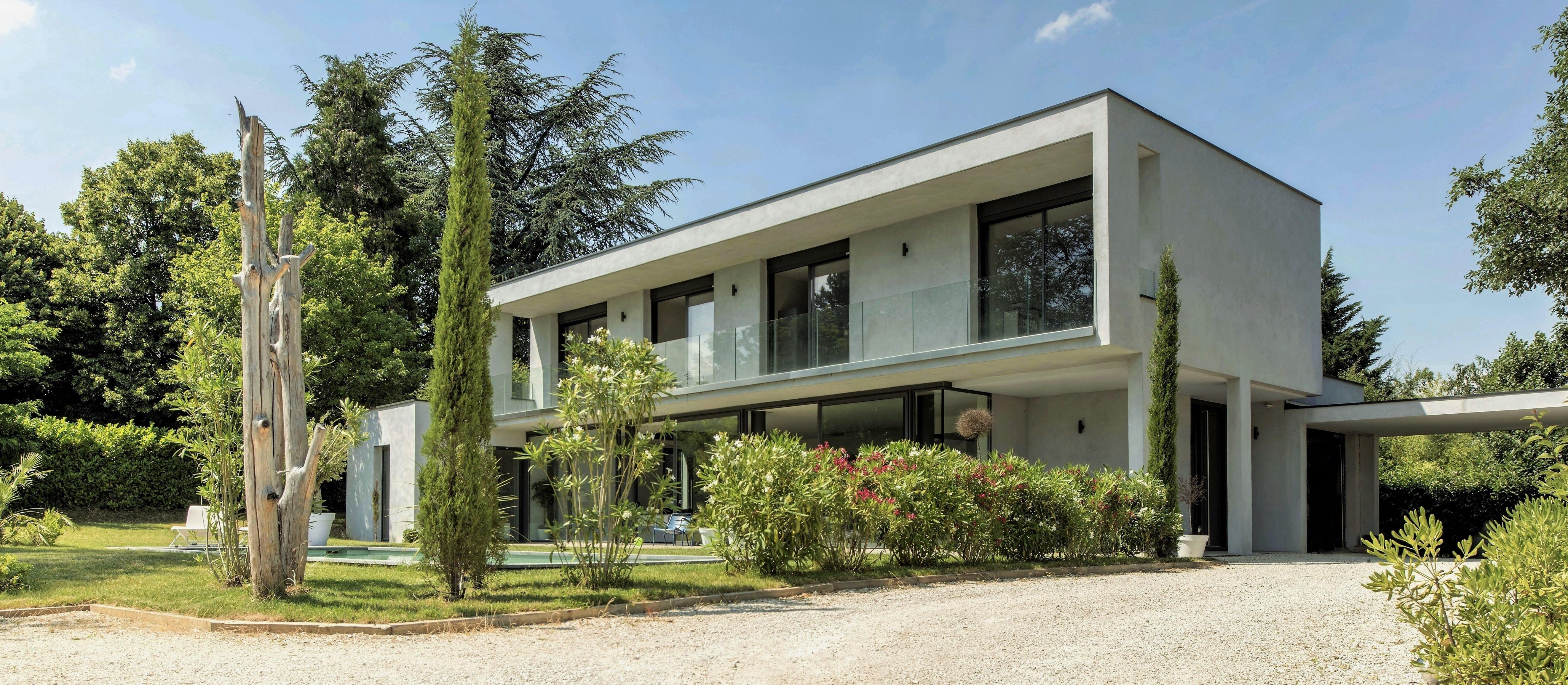 Maison moderne architecte plan maison moderne plain pied for Belle maison moderne architecte