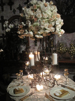 Lustre de roses séchées/Dried roses' chandelier