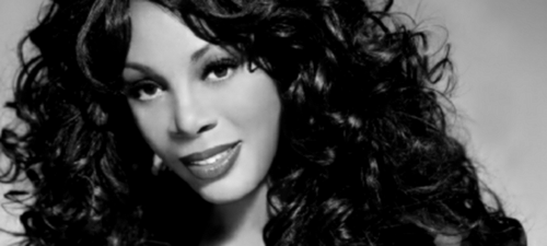 Beyonce rend hommage à Donna Summer
