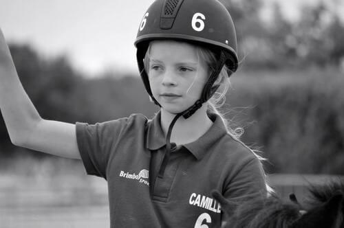Camille 10 ans, passionnée d'équitation