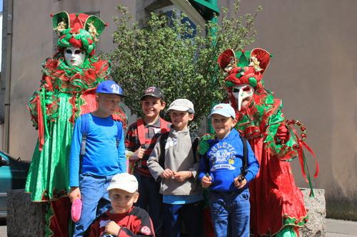 Le carnaval vénitien de remiremont vu par les minimoy's