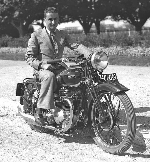 Juin 1936 : moto et Front Populaire