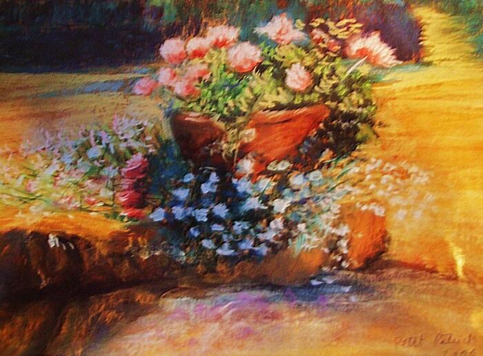 Pot de fleurs dans le jardin