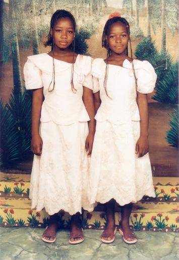 Portraits en double- au féminin et en couleurs