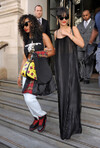 [Photos] Rihanna quitte son hôtel