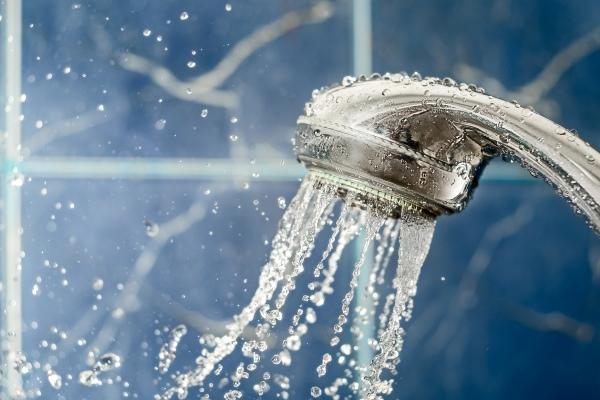 Подмывания холодной водой при геморрое