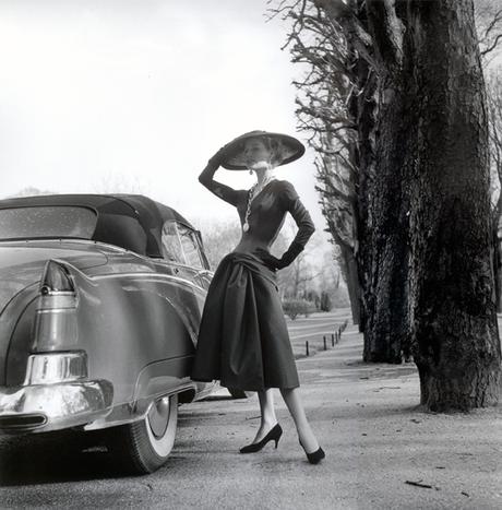 02 - L'auto, la mode dans les années 50
