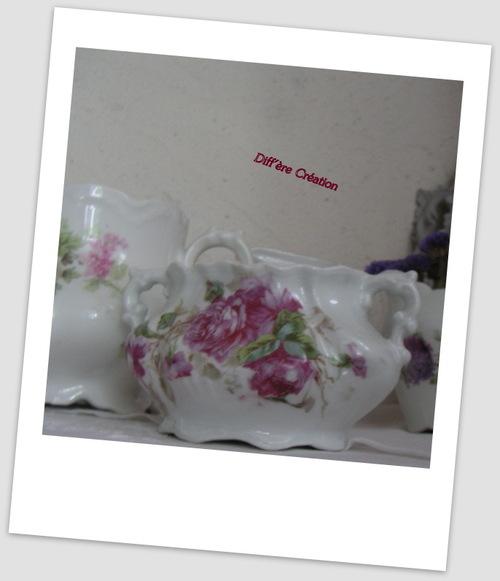 Porcelaine fleurie très schabby chic