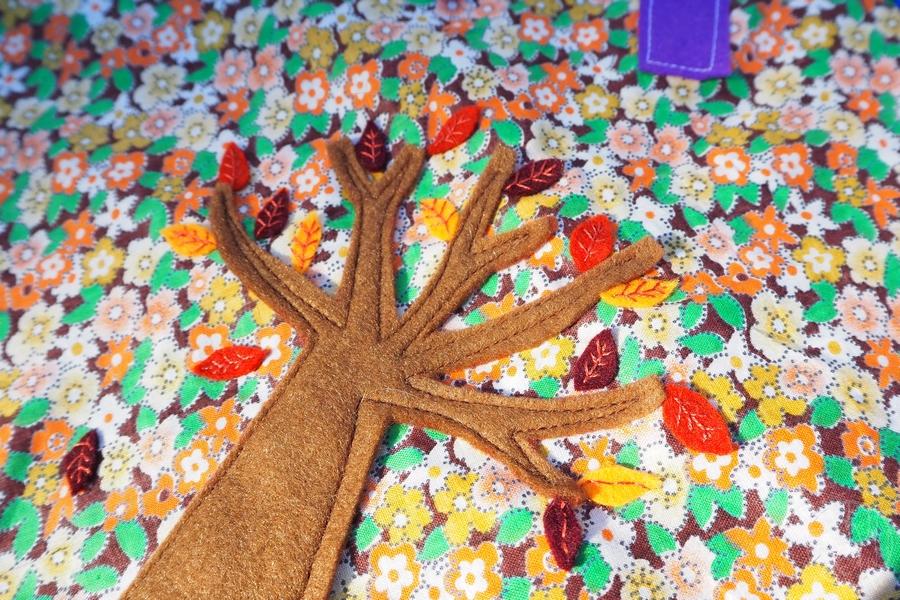 Tapis et couronne d'anniversaire inspiration Montessori