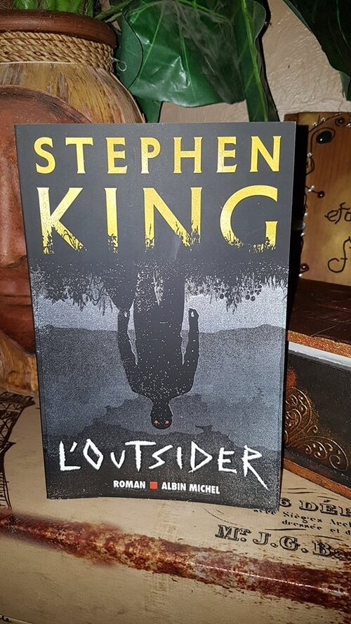 """L'outsider"" de Stephen King <3 Un gros coup de coeur pour ce nouveau roman qui m'a rappelé les anciens, en moins gore."