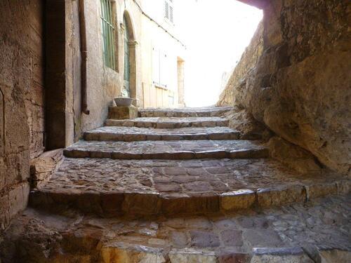 VILLAGES DU VAR -   Le  Muy, Callas, Claviers