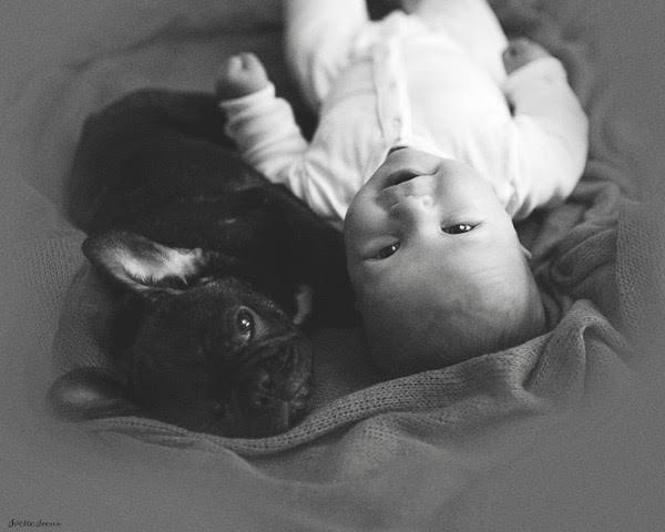 Cette femme a un bébé. Mais le même jour, le destin lui offre un bonheur supplémentaire.