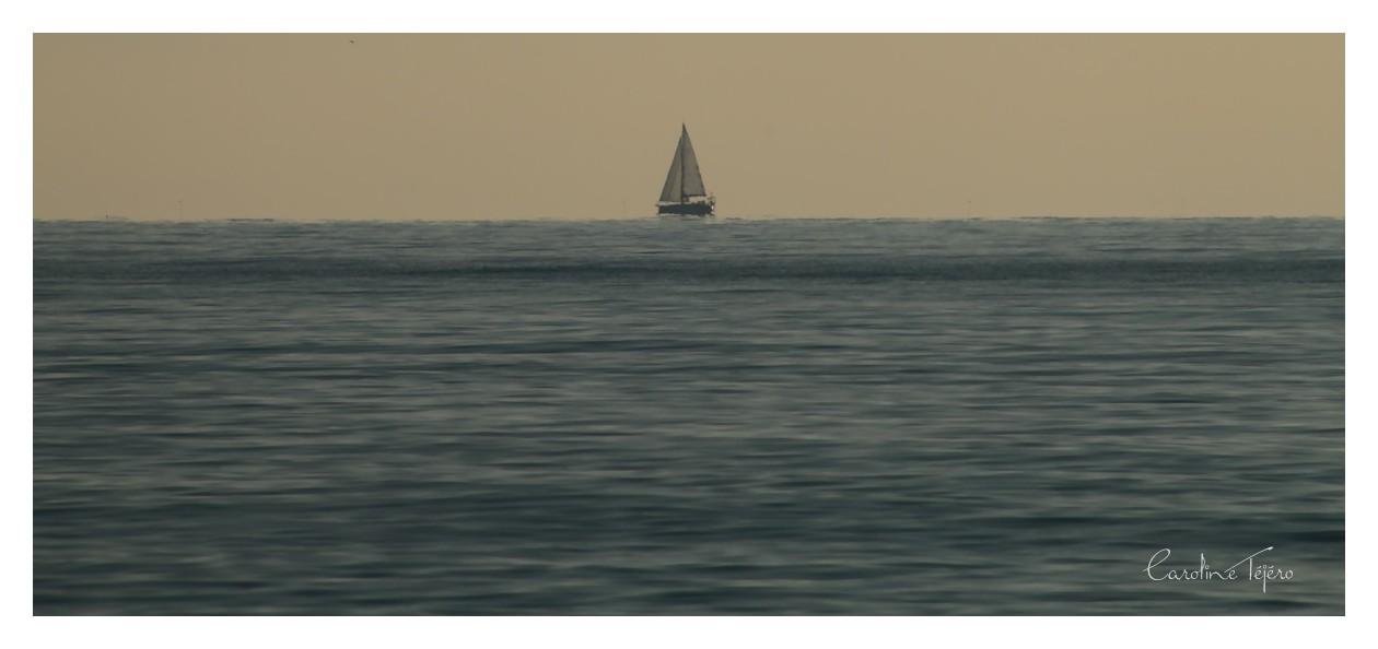 A l'infini en bord de mer