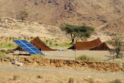 Kaïma et panneaux solaires