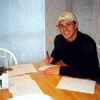 Jensen-Ackles-500x343-20kb-media-442-media-0107.jpg