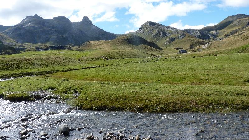 Randonnée:  Anéou - le Peyreget. (Htes-Pyrénées)