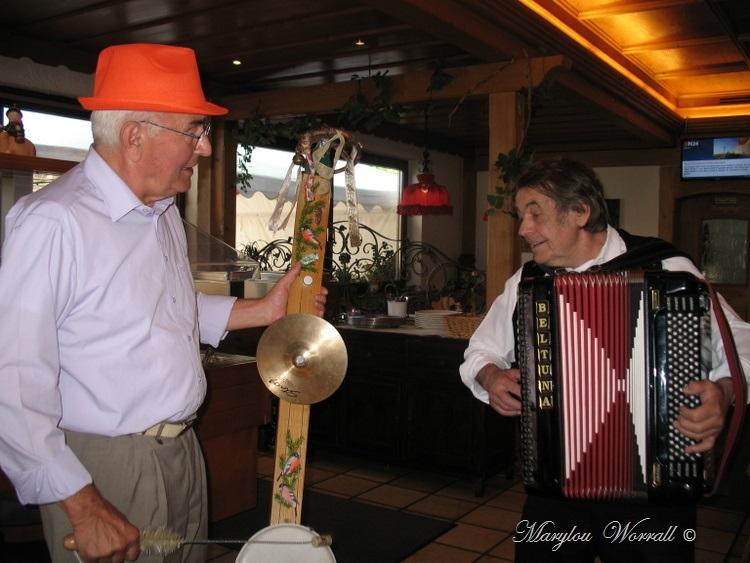 Allemagne : Breitnau chez l'aubergiste qui chant