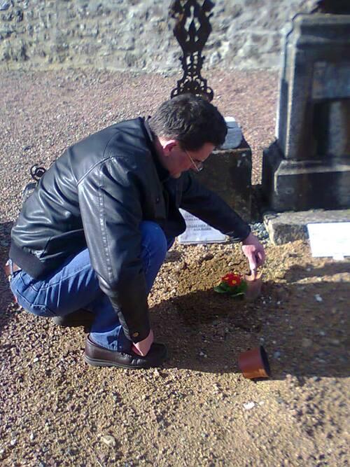 Sauver la tombe de Rose Coudrin....