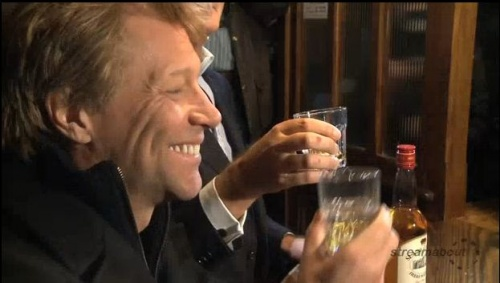 Jon Bon Jovi drops into Slane pub for a drink, is given child by local