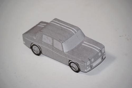Maquette en papier R8 Gordini